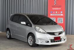 รถมือสอง Honda Jazz 1.5 (ปี 2014) V i-VTEC Hatchback AT