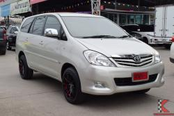 Toyota Innova 2.0 (ปี 2010) G Wagon AT