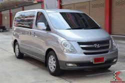 Hyundai H-1 2.5 (ปี 2011) Maesto Deluxe Van AT