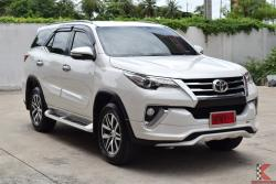 Toyota Fortuner 2.4 (ปี 2016) V SUV AT