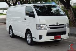 Toyota Hiace 3.0 COMMUTER (ปี 2015) Economy Van MT
