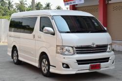 Toyota Ventury 2.7 (ปี 2011) V Van AT